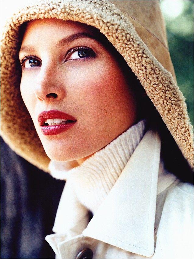 ☆ Christy Turlington  by Regan Cameron for Vogue UK, November. 1999