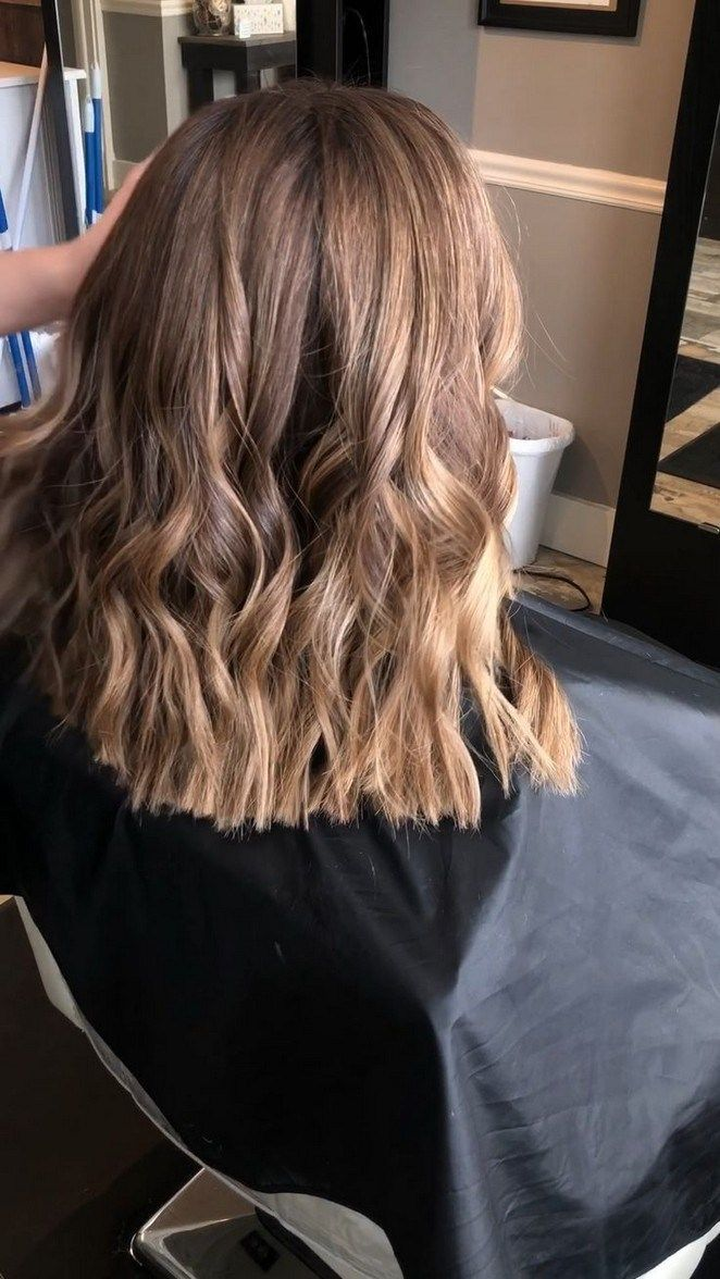 33 Latest Highlights For Brown Hair To Bring Out Personality Hairhighlightsidea Beautyblog Makeupofth Haare Schulterlang Schneiden Haarschonheit Braune Haare