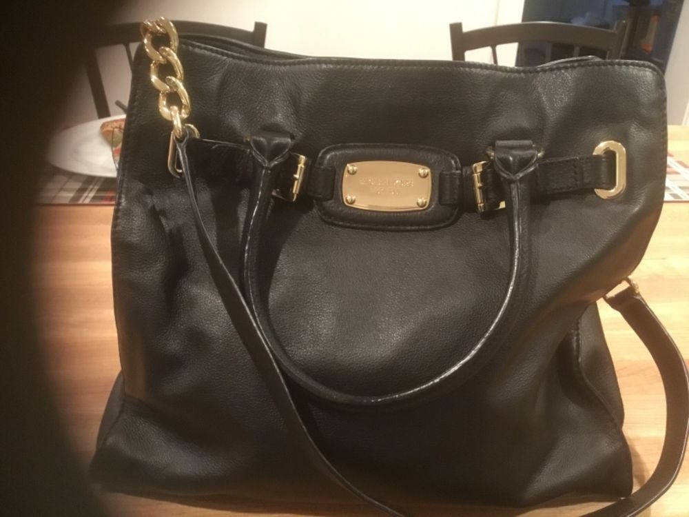 bc44f712 Michael Kors Hamilton Leather Tote Bag with Gold Chain - Black #fashion  #clothing #shoes #accessories #womensbagshandbags ...