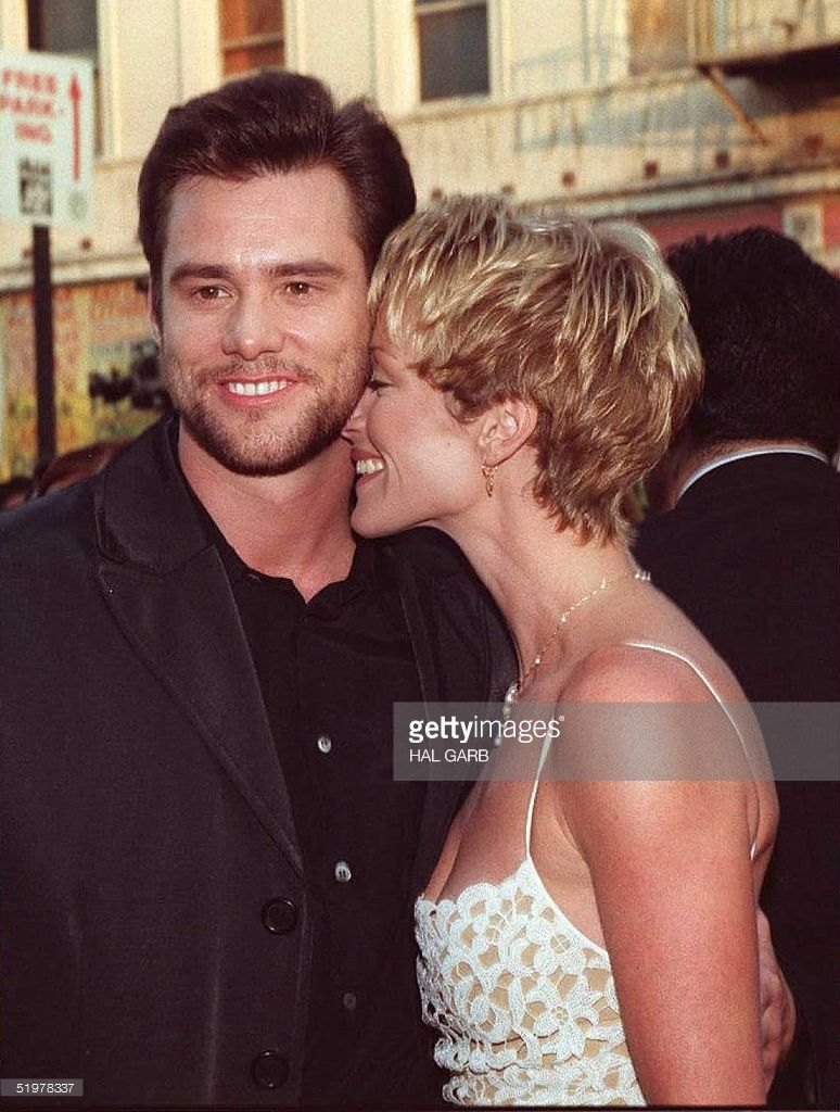 pin by jazzy tanner on jim carrey carrey lauren jim carrey male jim celeb couples famous couples finiti lauren holly jim o rourke famous weddings