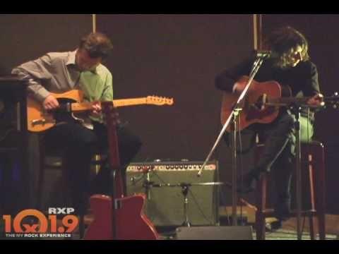 Arctic Monkeys - Crying Lightning  sc 1 st  Pinterest & Arctic Monkeys - Crying Lightning | Everybody Feel The Beat ...