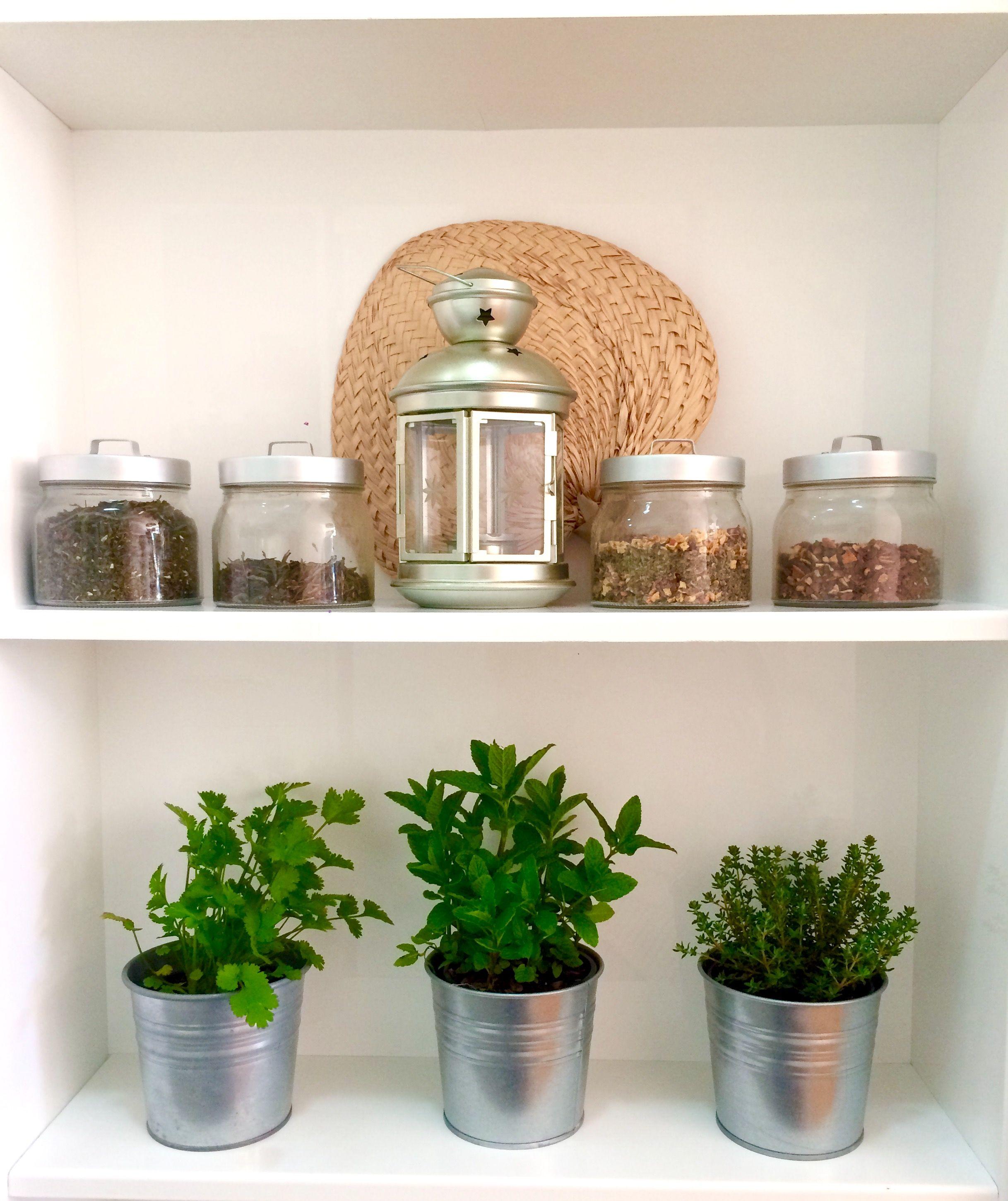El rincon de las hierbas. En el #diseño de la #cocina hemos previsto ...