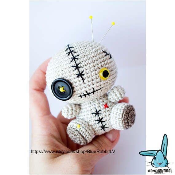 Voodoo Doll - crochet amigurumi toy. Pincushion. Figurine | Muñecos ...