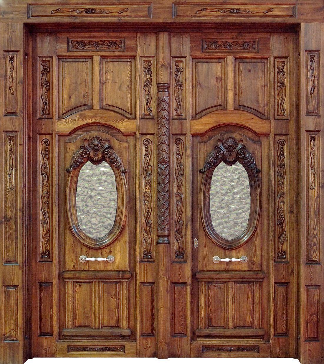 Puerta de entrada con mucha marqueter a y estilo antiguo for Puertas dobles de madera