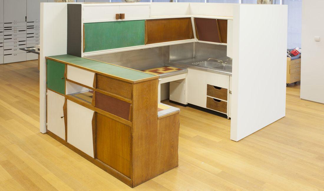 Znalezione obrazy dla zapytania le corbusier kitchen ...