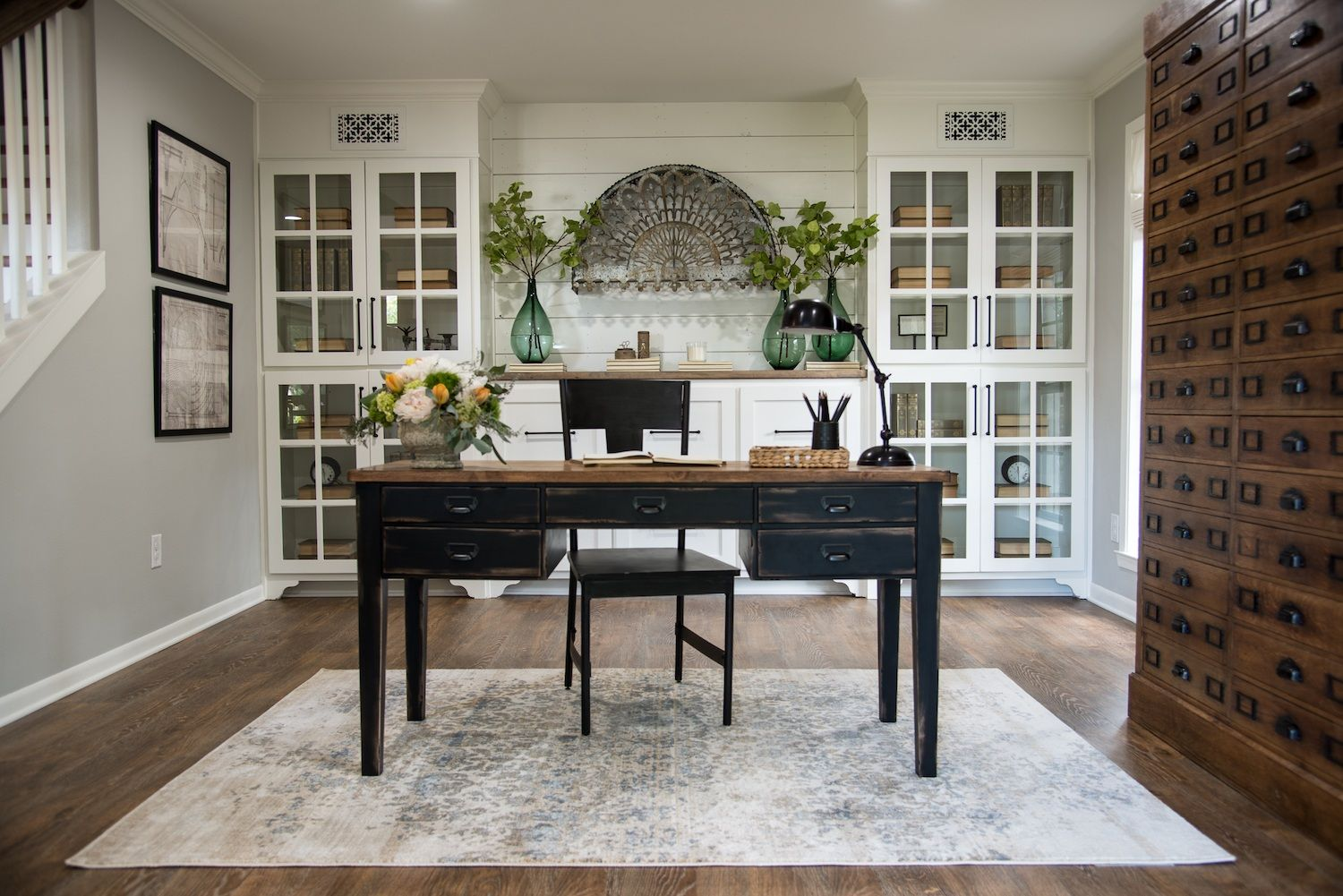 Fixer Upper Home Office | Home Offices and Bookshelves | Pinterest