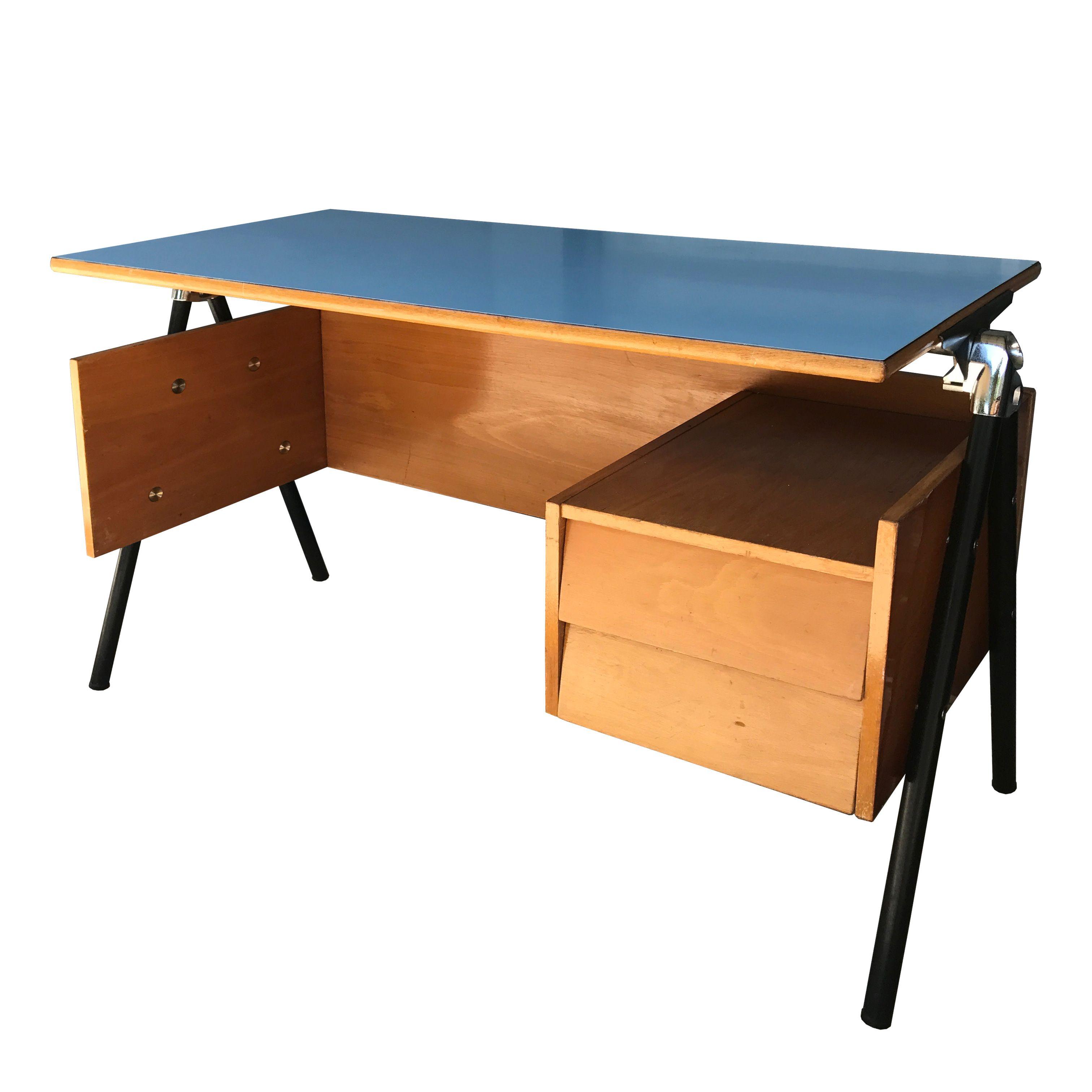 bureau pour enfant ou bureau d 39 appoint 1950 en vente sur en vente chez www. Black Bedroom Furniture Sets. Home Design Ideas