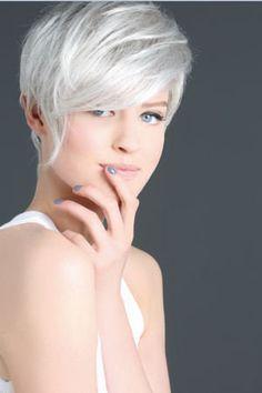 Couleur cheveux gris femme