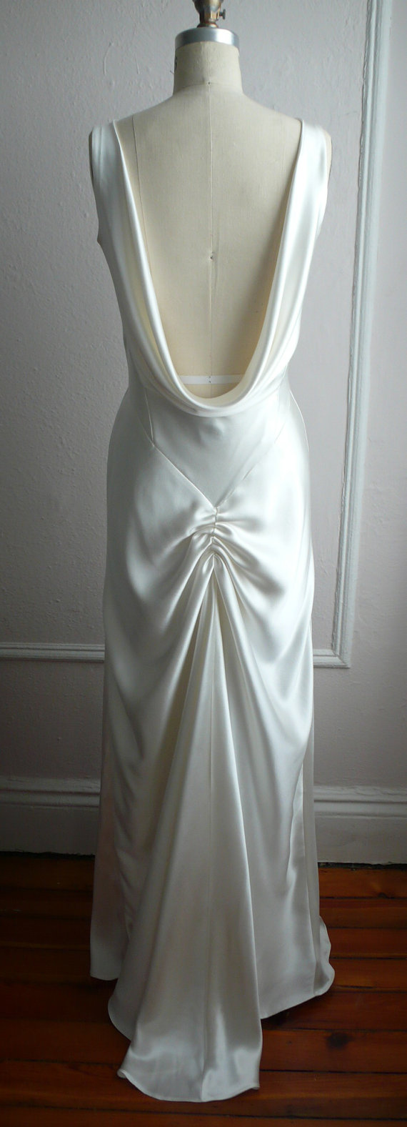Us inspired bias bridal gown