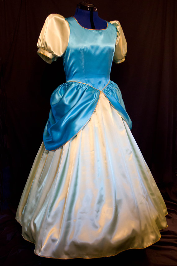 Seriously the most legit costumes I have see. This woman rocks! & DRIZELLA Cinderellau0027s STEPSISTER Adult Costume Gown | Pinterest ...
