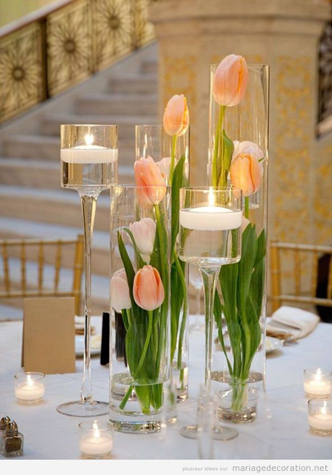 D co mariage printemps 2016 centre de table aves des tulipes couleur p che wedding mariage for Decoration de table pas cher