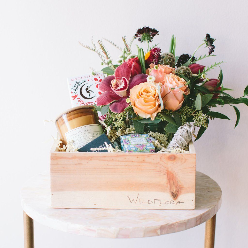 The Classic Wildflora Gift Box Flower box gift