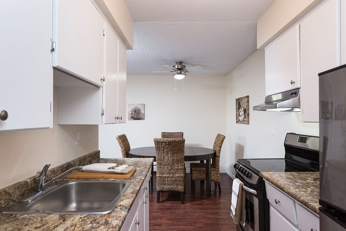 Apartments For Rent New Westminster Colonial House Apartments Manor Apartments Colonial House Apartments For Rent