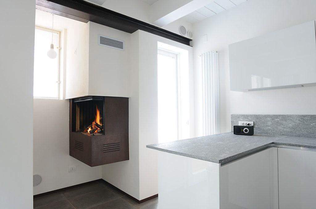 Abitazione cucina minimalista di bbprogetto minimalista