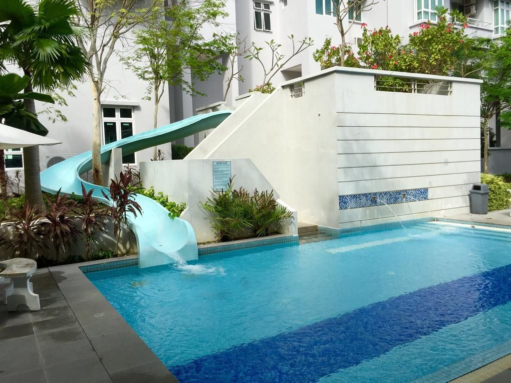 Booking.com: Penang Bridge Seaview Resort , Gelugor, Malaysia  - 6 Guest reviews . Book your hotel now!