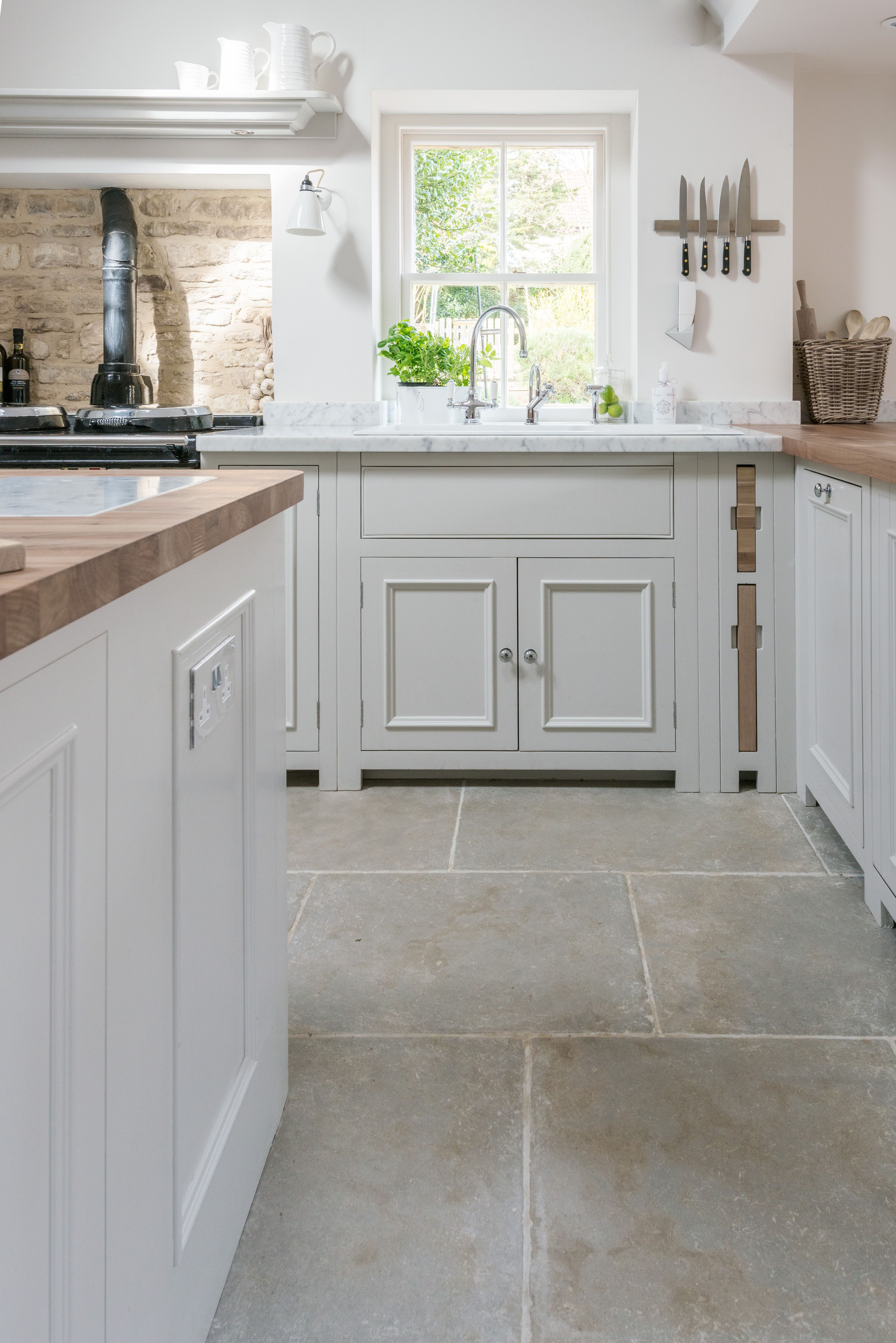 Classic Neptune Chichester Cabinetry Gives A Nod To The
