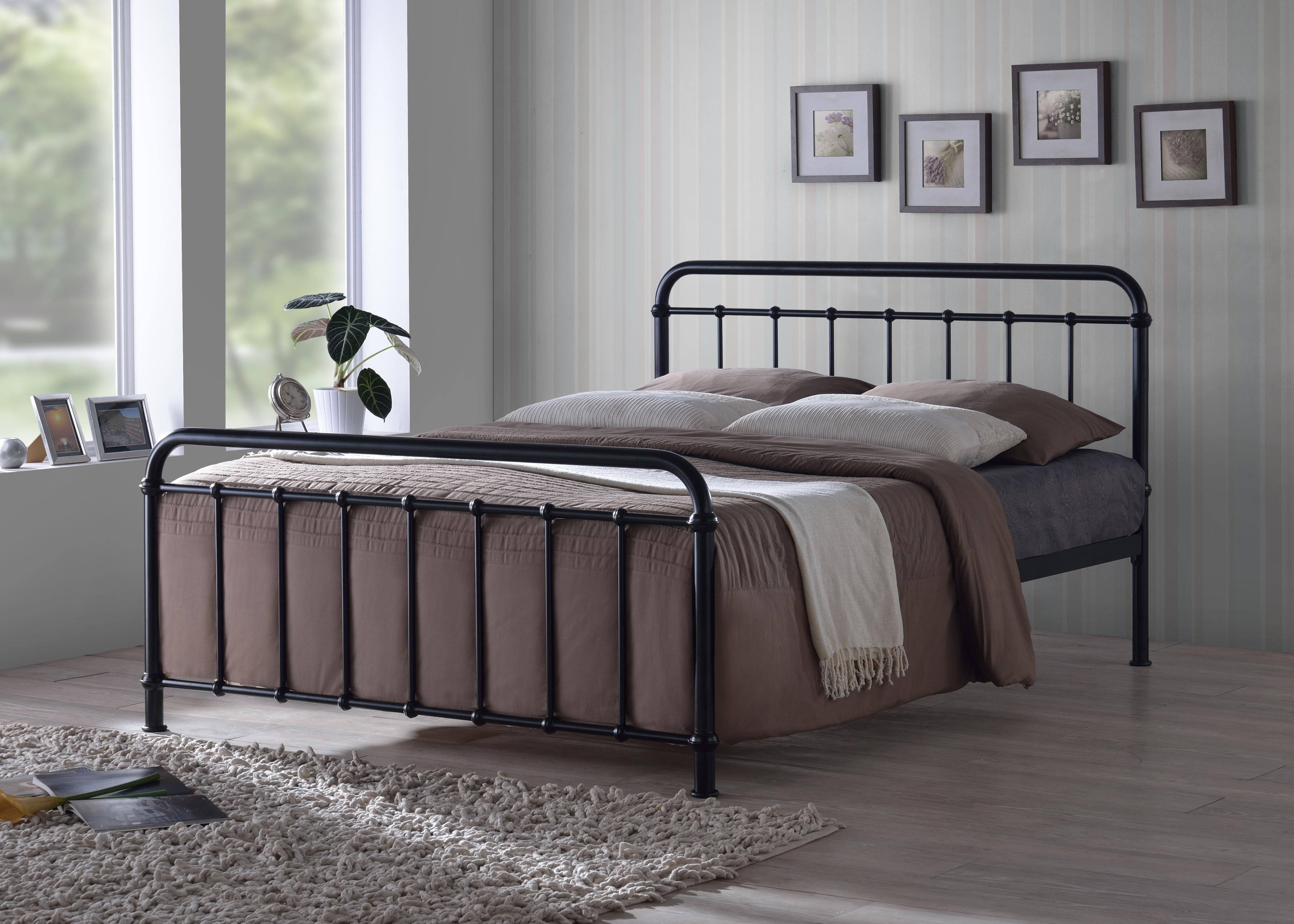 Choosing Option To Buy Kinds Of Metal Beds Because They Are Cheap