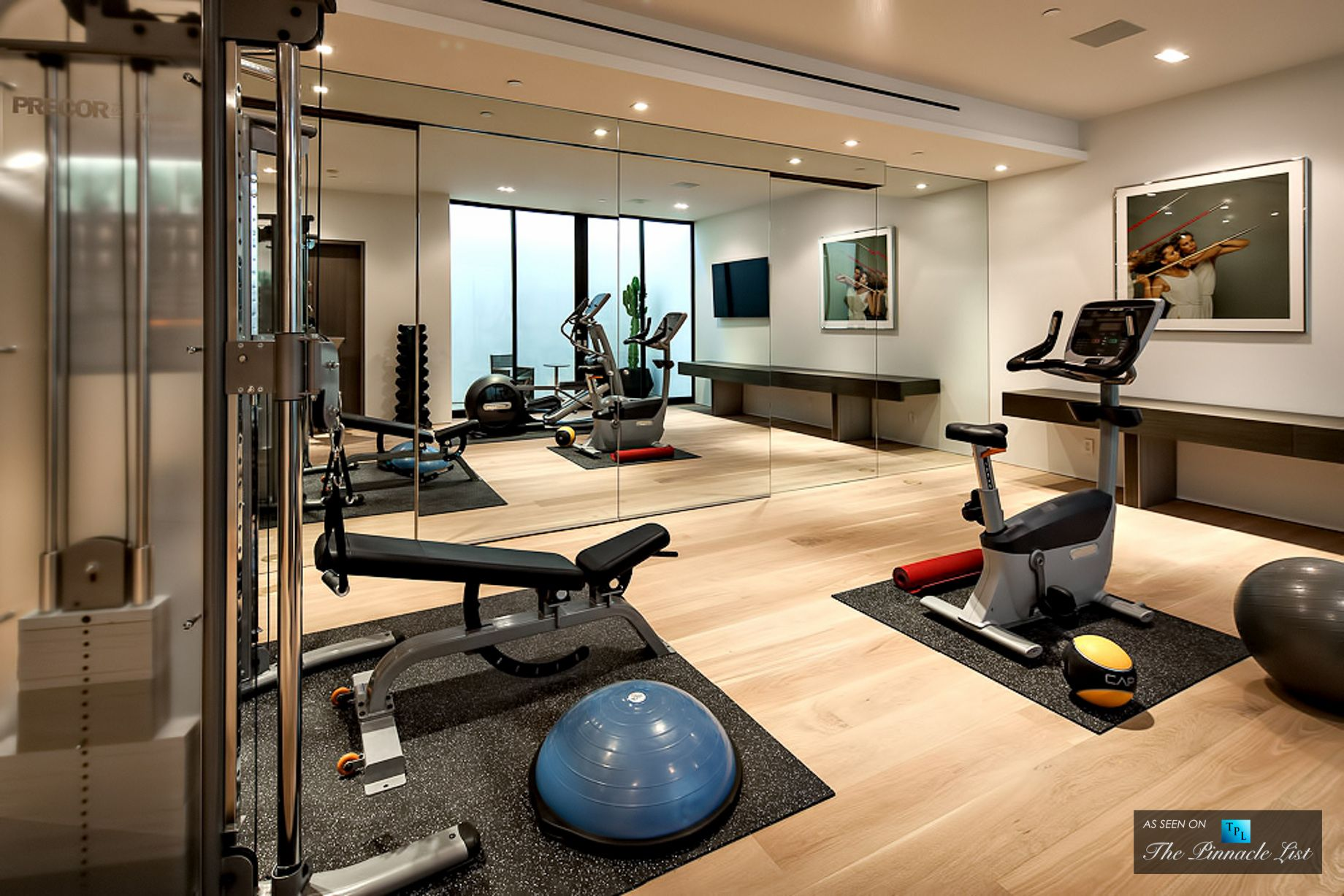 Sunset strip luxury residence 9133 oriole way los for Luxury home gym