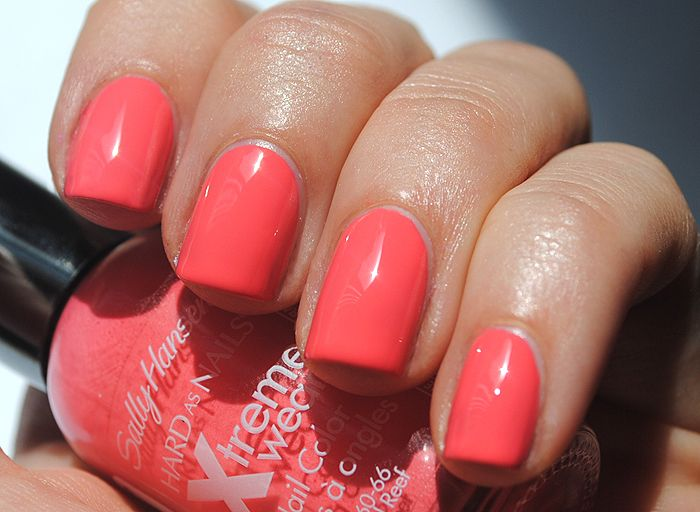 Sally Hansen Coral Reef One Of My Fave Coral Nail Polishes