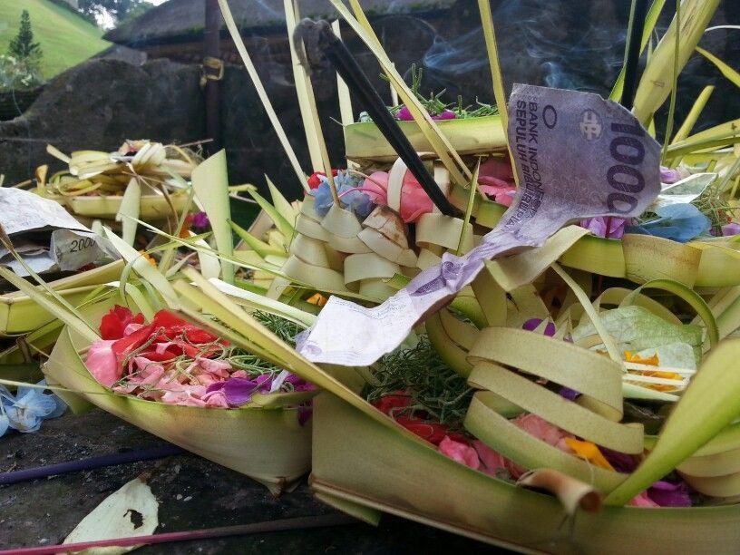 Bali - offrande quotidienne