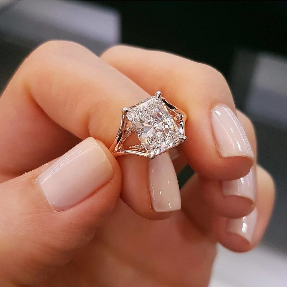 Unique engagement rings with stunning subtle details