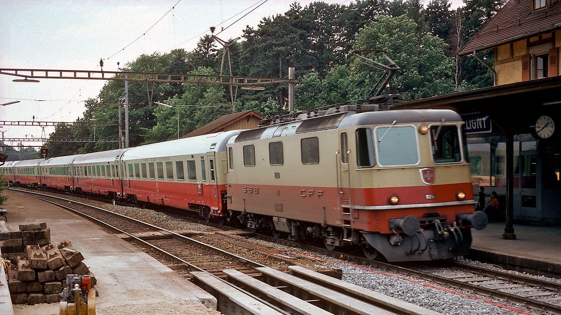 TEE Lemano Céligny 1976 Re4/4 II 11251 in 2019