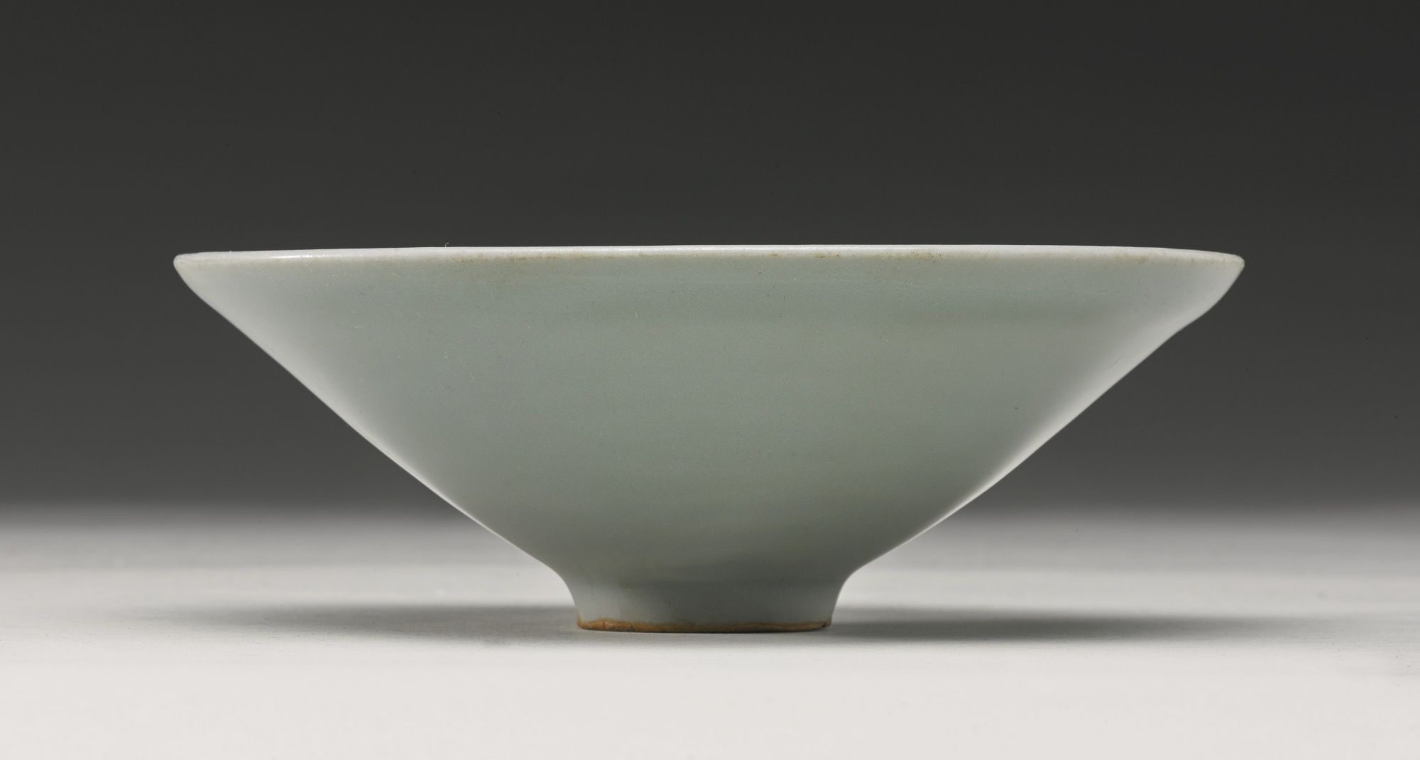 A Longquan Celadon Conical Bowl Southern Song Dynasty Bowl Chinese Ceramics Chinese Pottery