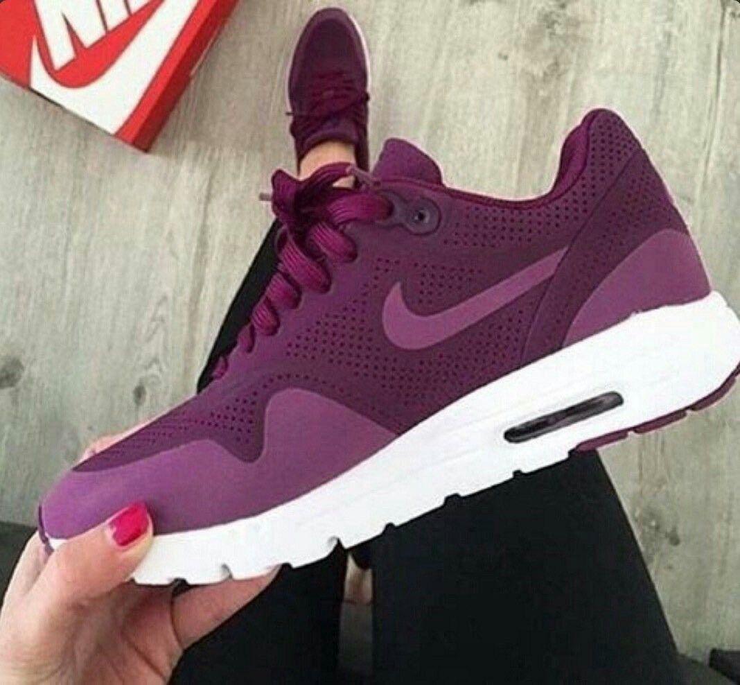 Burgundy nikes, Nike shoes, Nike air max