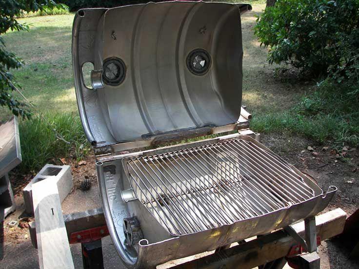 Zelf Barbecue Maken : Barbeques die je zelf kunt maken van een leeg biervat hergebruik