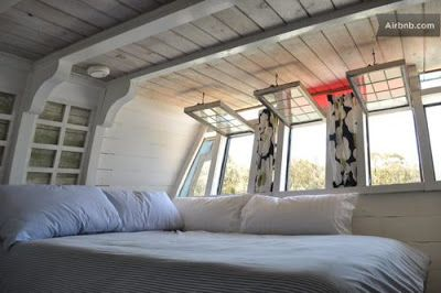 Vintage Sausalito Houseboat On Airbnb Houseboat Or Floating Tiny