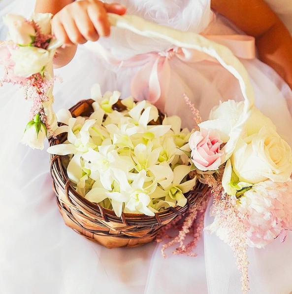 Flower Girl Basket Flowers By Heidi Flowersbyheidi Big Island Wedding Flower Girl Basket Wedding Party Flowers