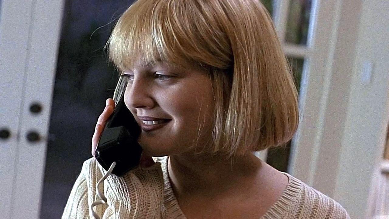 Drew barrymore in scream 1996 scream movie ladies