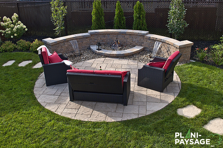 R alisations c t cours par des paysagistes experts plani paysage banc foyer ext rieur - Foyer exterieur pour jardin ...