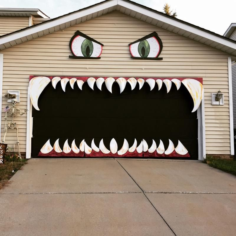 Too Cute And Creative Jaws Shut When The Garage Door Opens I Dont