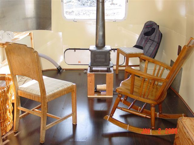 Relaxshacks.com: tiny, tiny, tiny cast iron wood stoves from marinestoves. - Relaxshacks.com: Tiny, Tiny, Tiny Cast Iron Wood Stoves From