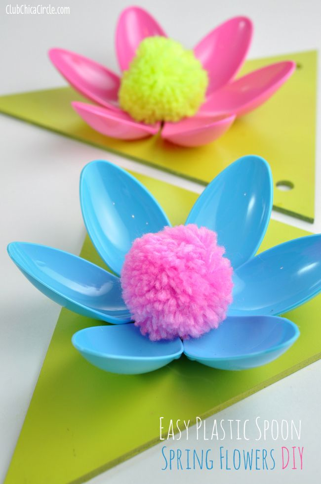 Easy spring flower plastic spoon garland craft idea and for Art and craft flowers