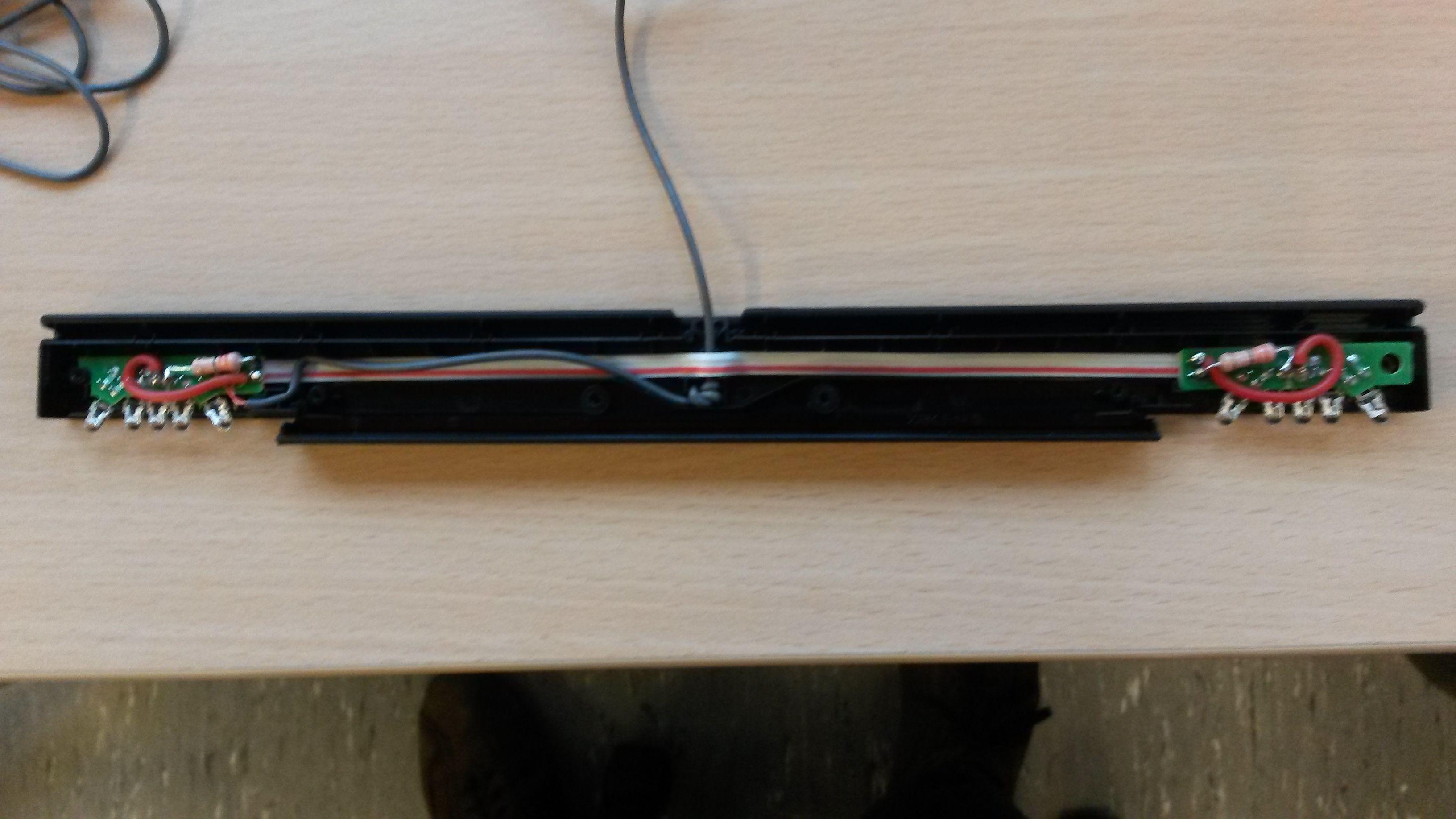 Inside Wii sensor bar   Retro video games, Retro videos, Earbuds   Wii Sensor Bar Wire Diagrams      Pinterest