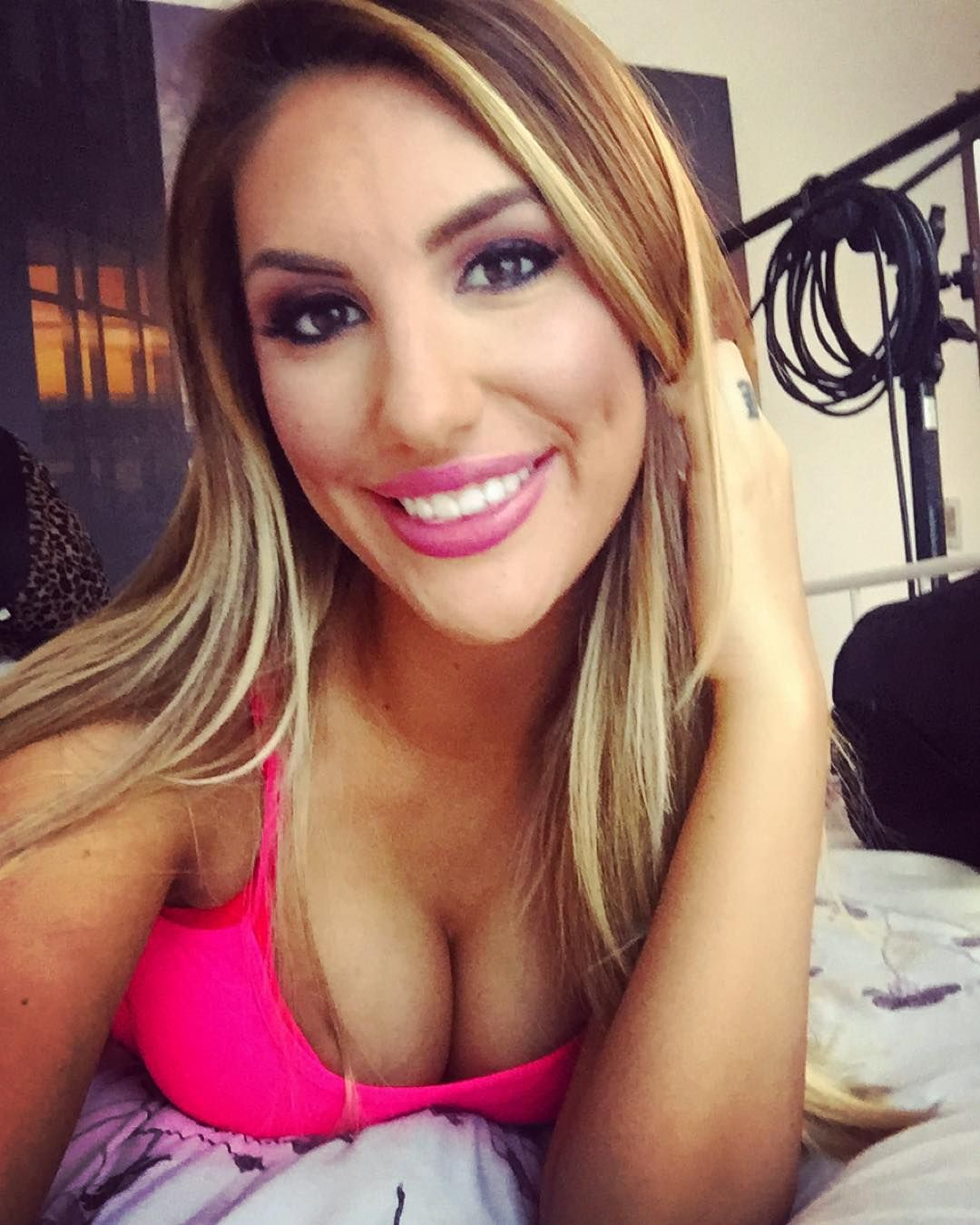 Is a cute August Ames nudes (64 photos), Sexy, Cleavage, Twitter, braless 2018