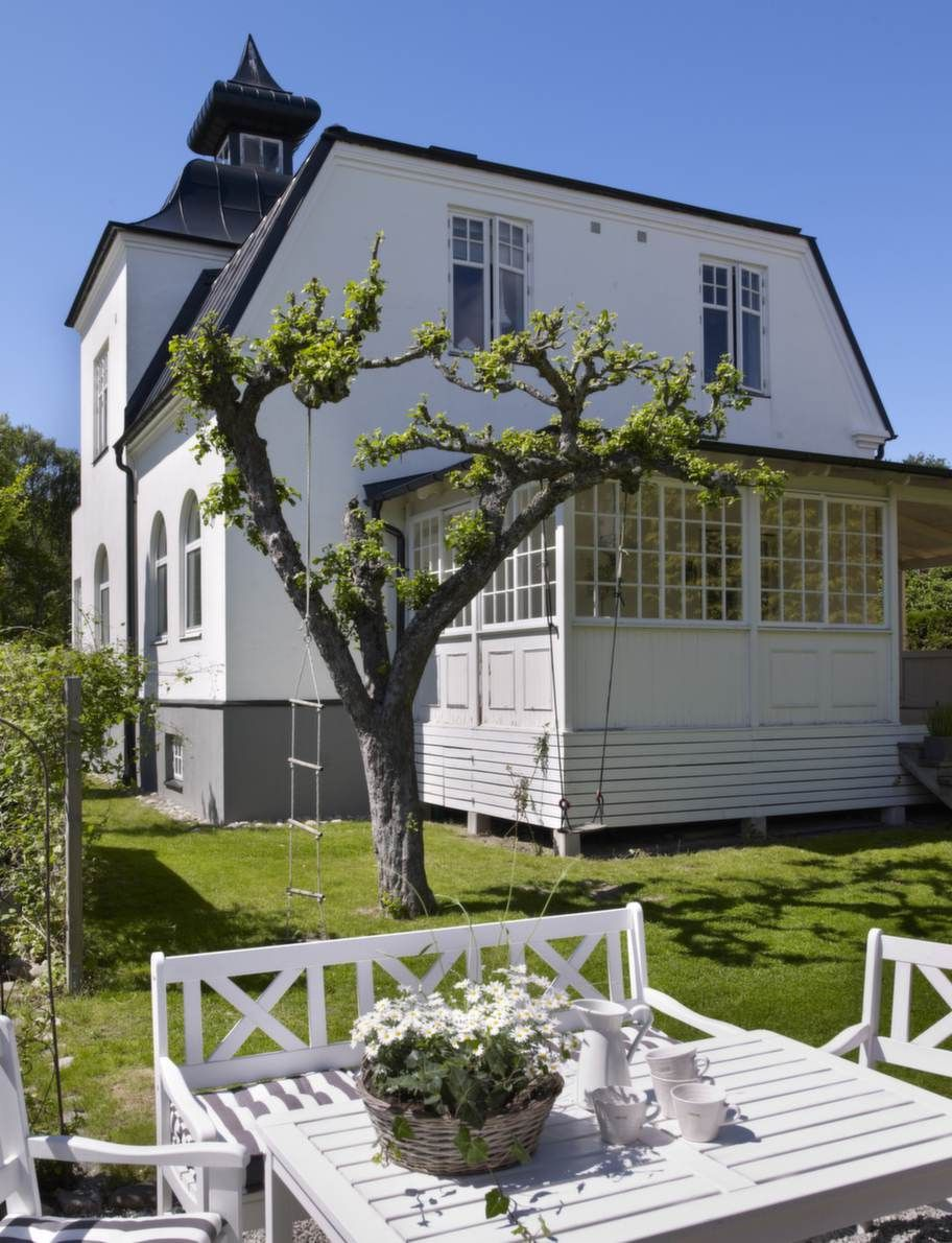 Lovely Swedish country house