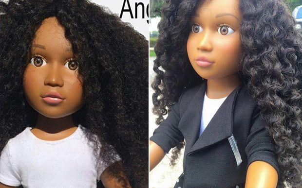 Mulher cria boneca cacheada para que suas filhas se identifiquem com seus brinquedos - Beleza - CAPRICHO