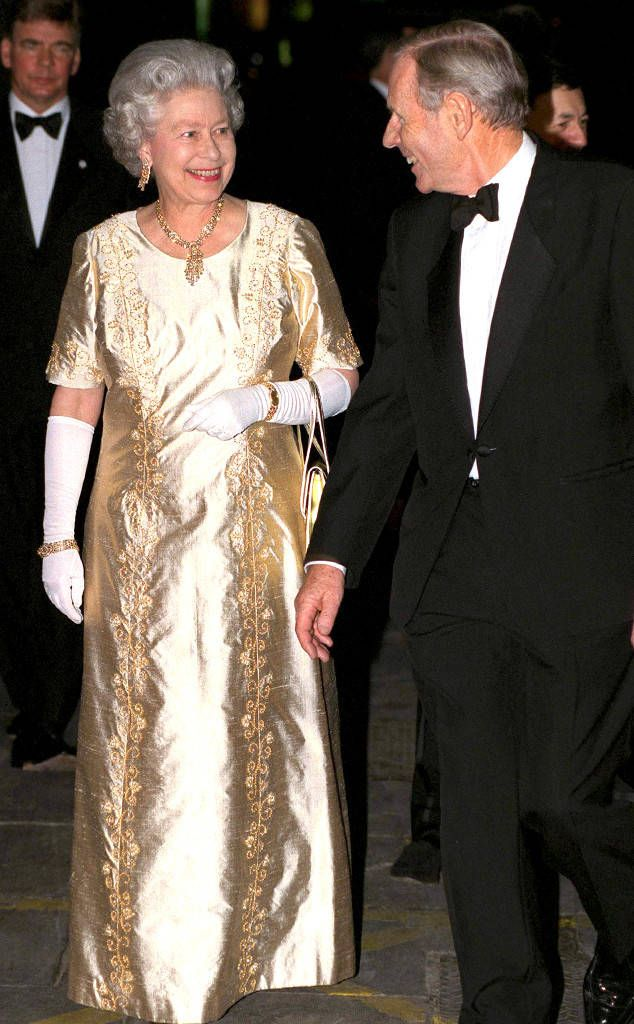 Golden Wedding Anniversery From Queen Elizabeth Ii S Life In Pictures Royal Fashion Queen Elizabeth Gold Evening Dresses