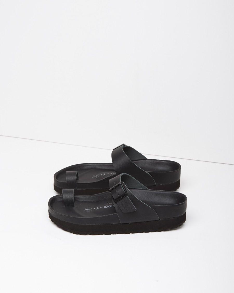 0ed000db8 Birkenstock toe strap sandal