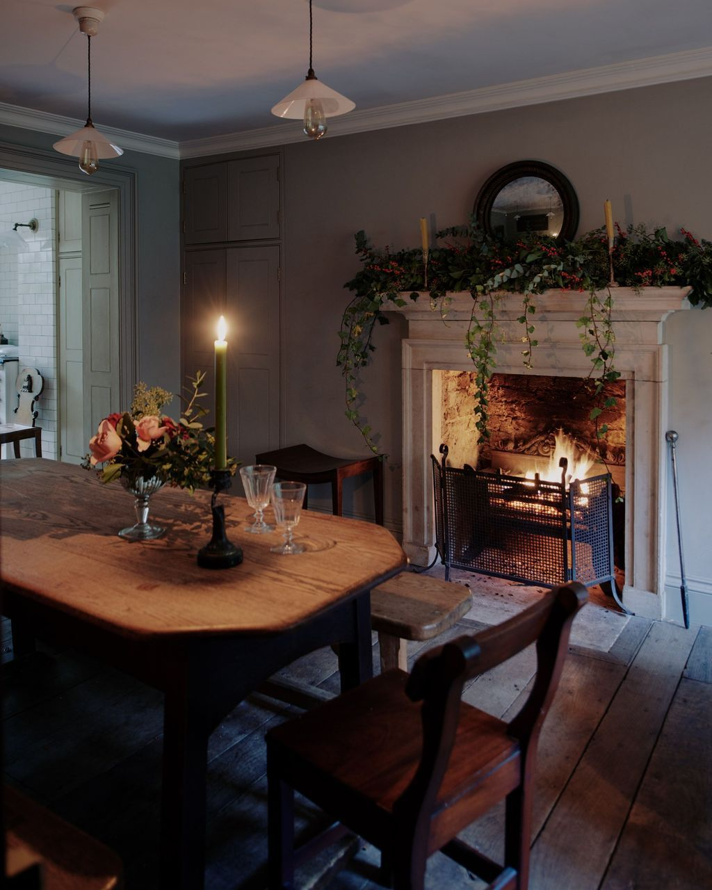 31 Amazing Dining Room Decor Ideas With Fireplace Country House Decor Country Cottage Decor Cosy Dining Room Cosy dining room decor
