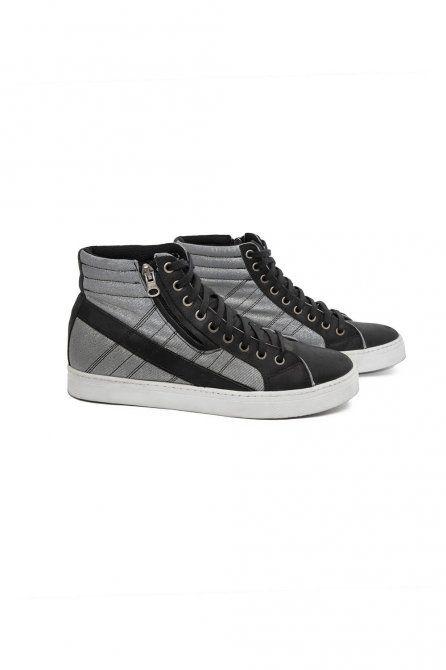 LIVE! Sneakers • Tênis Silver Disco Tech | #sneakers #fashion #fitness
