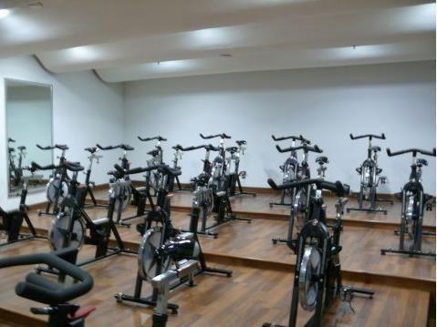 gym - salón de spinnig