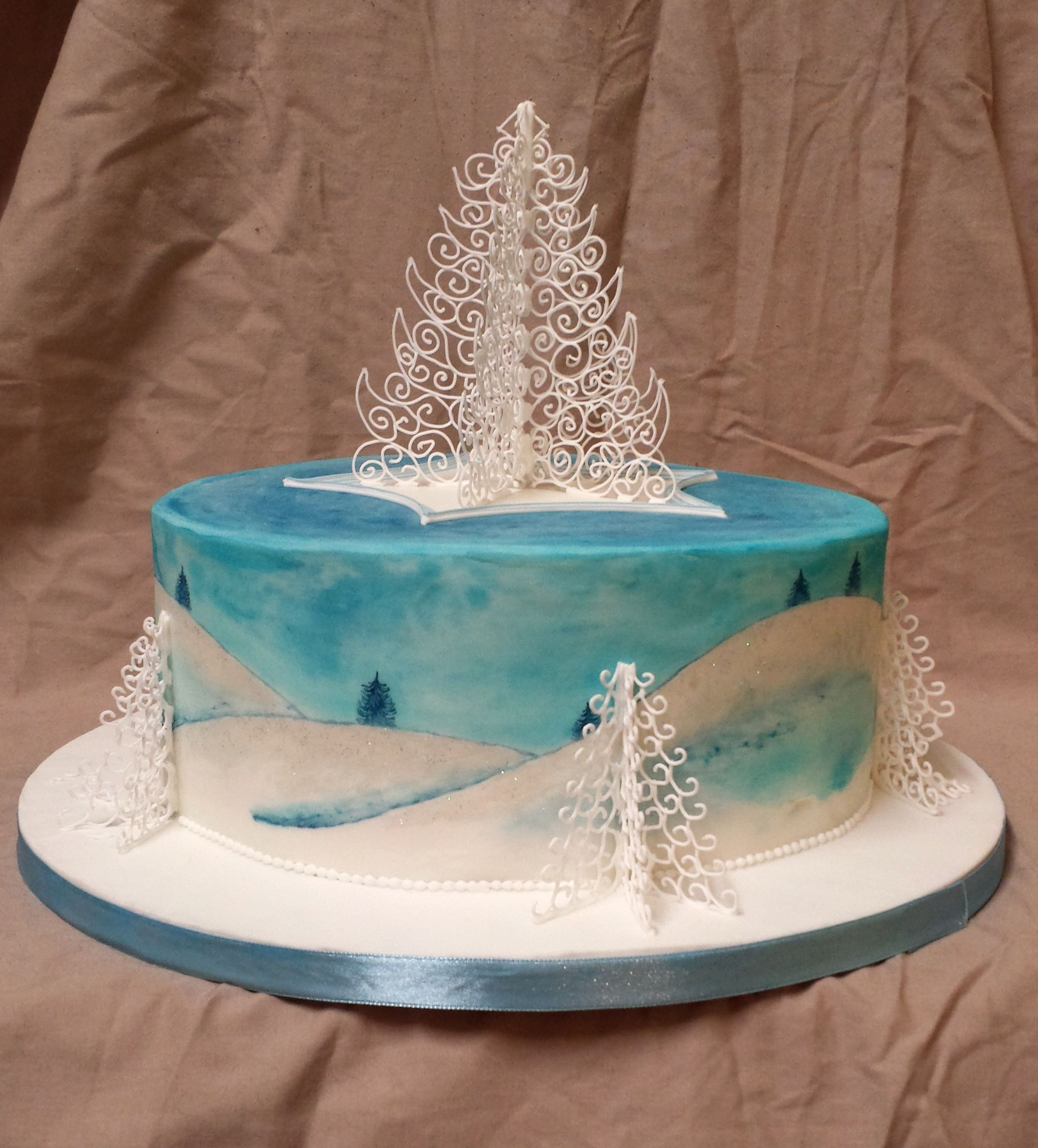 Christmas - Traditional Royal Icing Christmas cake, hand painted with dust colours (Sigh, Santa didn't bri… | Christmas cake, Royal icing cakes, Christmas tree cake