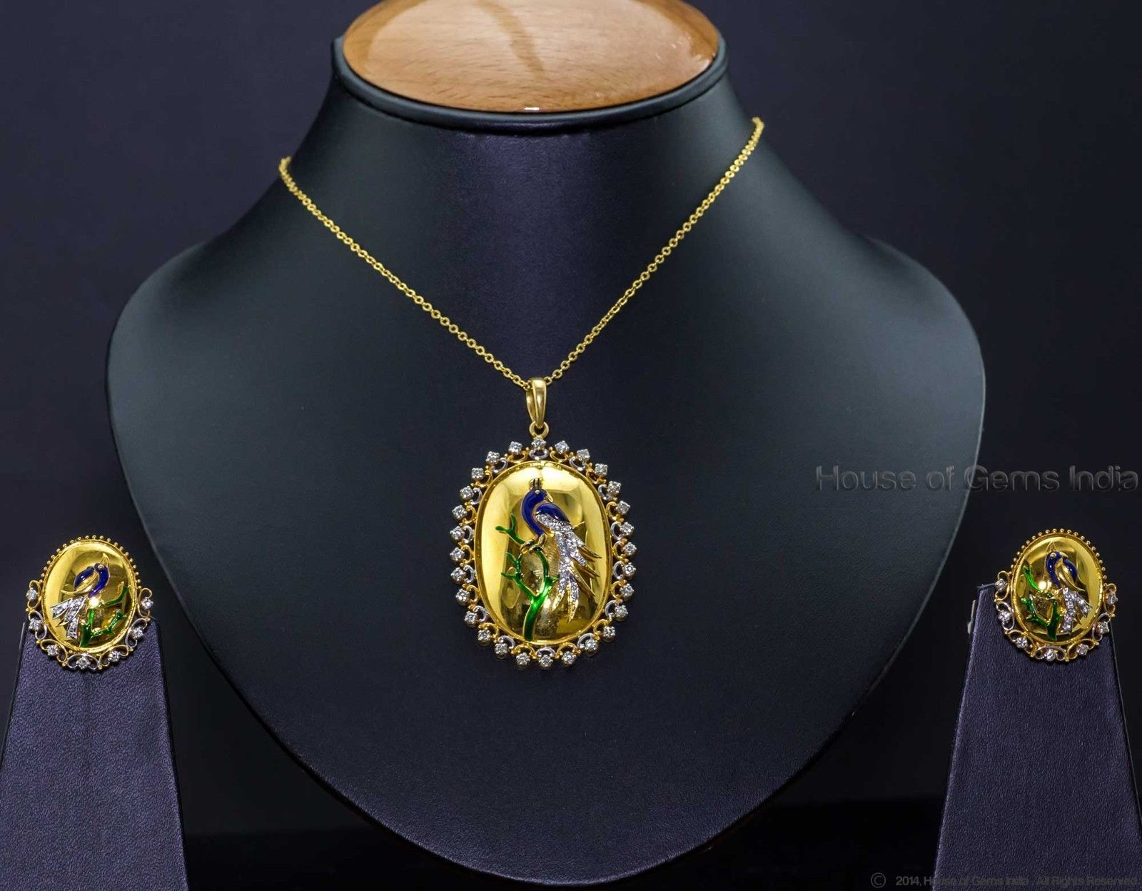 ct natural diamond peacock pendant set k gold gms