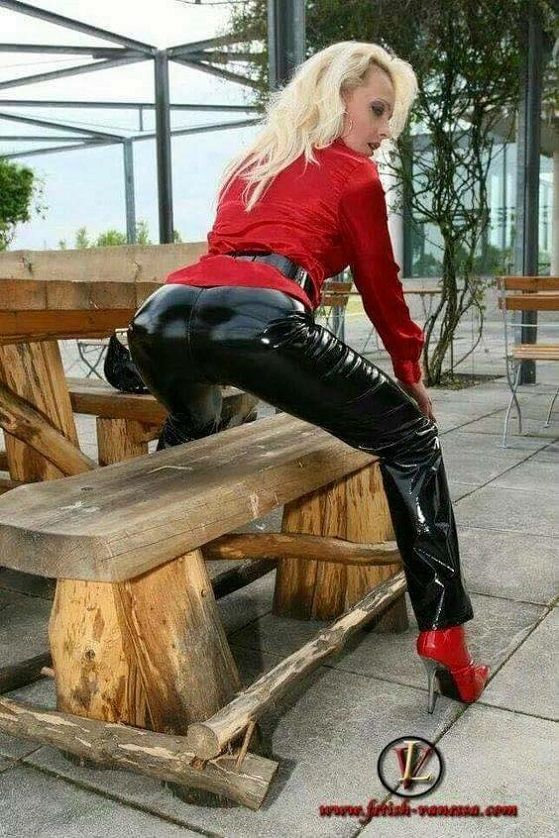 http://leather-forum.com/showthread.php?t=2314