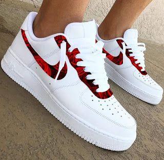 30 nice Nike shoes and snekars