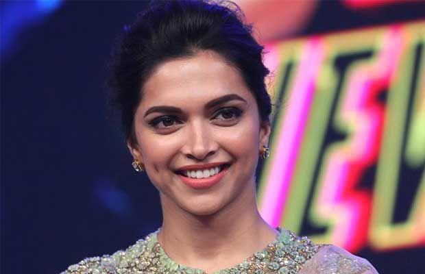Actress Tollywood Movie News Telugu Movie Review And Rating Stills News Censor Talk Myfirstshow Bollywood Fashion Deepika Padukone Net Saree